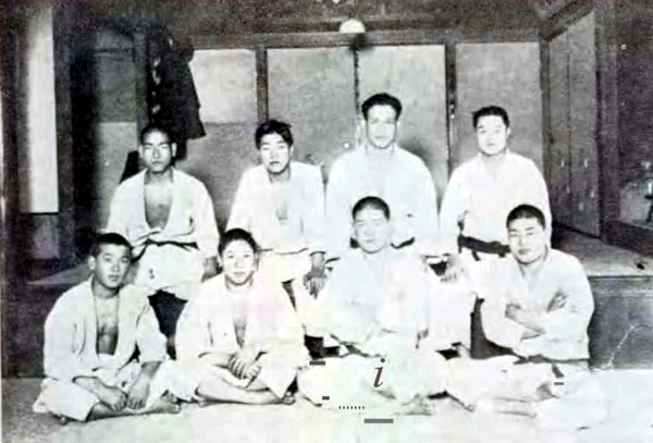 Professor Yasuyuki Sakabe (front row, right side), at 17 years old.