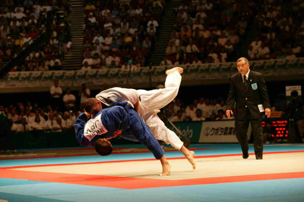 2003 Osaka World - 100kg final