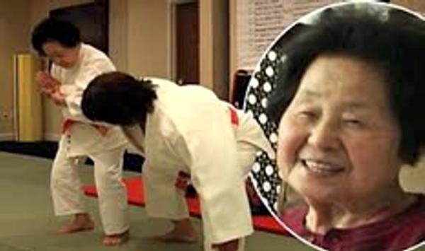 Sensei Eiko practicing with Sensei Keiko Fukuda in the United States
